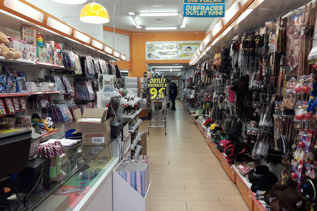 helper-retail-superpapeleria-interior-antes