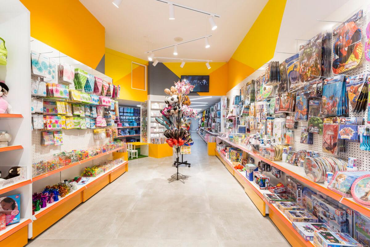 helper-retail-superpapeleria-interior-despues